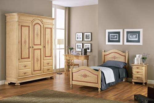 Camera 2 i decorati mobili sedie - Iva agevolata acquisto mobili ...