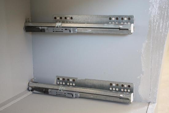 Mobile bagno bombato barocco mobili da bagno bombati for Guide cassetti pesanti